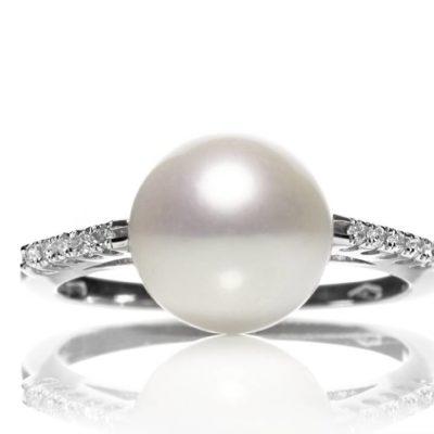 APP 10 Anello oro 18kt perla e brillanti