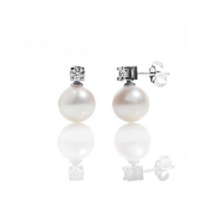 OQP Orecchini oro 18kt perle e brillanti